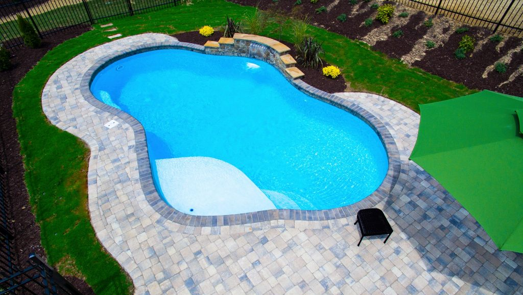 Which Pool Is Better Concrete Or Fiberglass