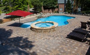 Find Out If Concrete Pools Or Fiberglass Pools Are Better